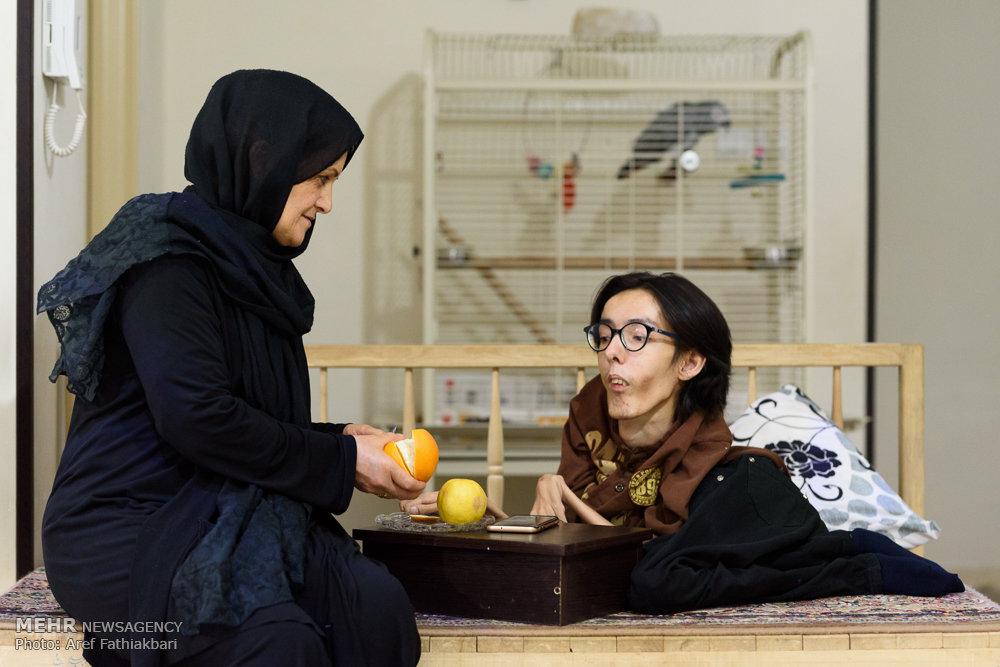 وحید رجب لو معلولان موفق ایران عکس معلولان زندگی یک معلول موفق راز موفقیت درباره معلولین ایده های استارت آپ استارت آپ چیست استارت آپ ایرانی