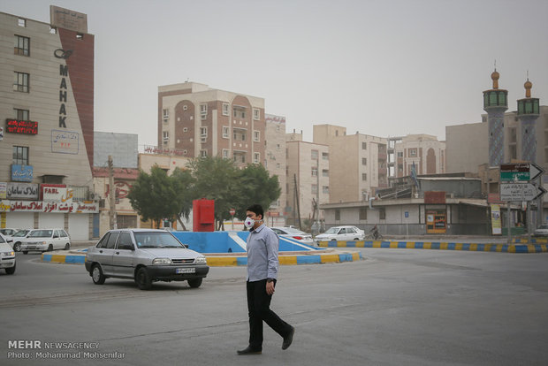 Sand, Dust storm hits Iranian SW cities