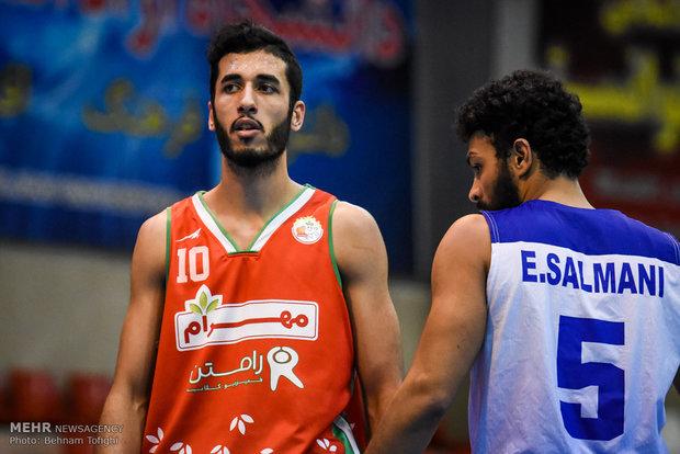 دیدار تیمهای بسکتبال دانشگاه آزاد اسلامی و مهرام تهران