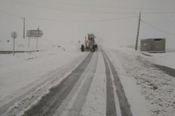 ۲۰۰۰ کیلومتر از محورهای ارتباطی چهارمحال و بختیاری برف روبی شد