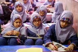 ۲۶ مدرسه آموزش و پرورش استان استیجاری هستند