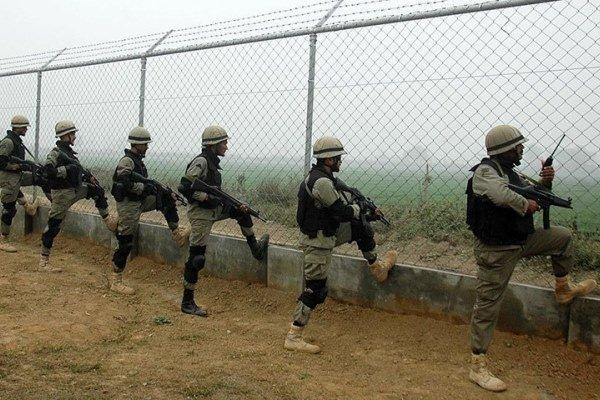 Pakistan, Keşmir'de Hint ateşine karşılık verdi: 2 ölü, 1 yaralı