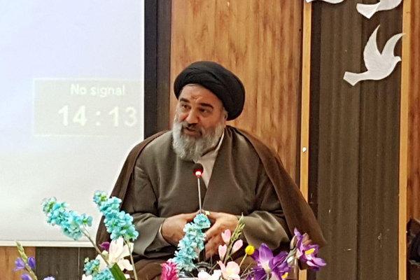 با صدور پیامی؛ نماینده ولیفقیه در کردستان حادثه سنندج را تسلیت گفت