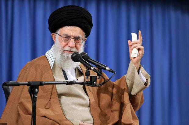 """Düşman, İslam İnkılabı'na karşı """"kontratak"""" yapmak istiyor"""