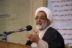 حضور روحانیون در مناطق سیل زده تبلیغات منفی دشمن را از بین برد