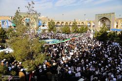 تجمع بزرگ طلاب و مردم قم در مدرسه فیضیه برگزار شد