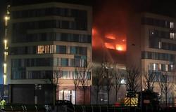 حريق في ليفربول يدمر مئات السيارات عشية رأس السنة