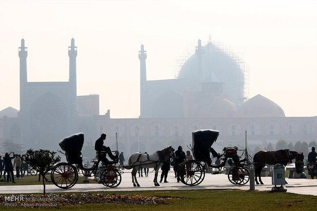 تب آلودگی هوای اصفهان نیاز به دماسنج ندارد/ منشاء آلودگی کجاست؟
