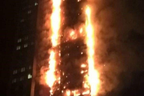 إصابة 12 شخصا في حريق اندلع في نيويورك