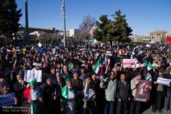Huge rallies in Arak backing Islamic establishment, slamming riots
