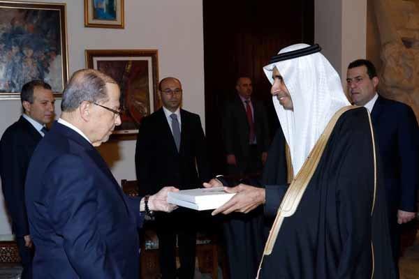 سفیر عربستان در لبنان استوار نامه خود را به میشل عون تقدیم کرد