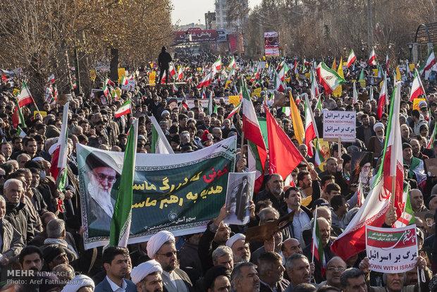 تجمع و راهپیمایی مردمی در اعتراض به آشوب های اخیر در کرج