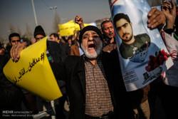 """هتافات """"نعم غزة، نعم لبنان، روحي فداء الاسلام"""" تدوي في سماء طهران"""