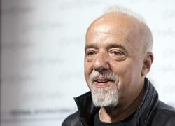 Coelho to Reza Pahlavi: Shut up