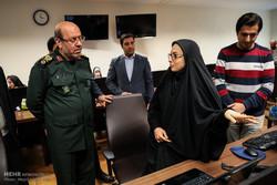 Fmr. MoD visits Mehr News Agency