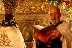 آیین 'عشای ربانی' عید میلاد حضرت مسیح(ع) در اصفهان