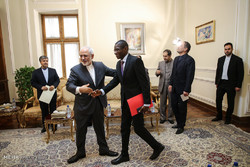 دیدار وزیر امور خارجه با نمایندگان کشورهای لهستان،غنا و شیلی