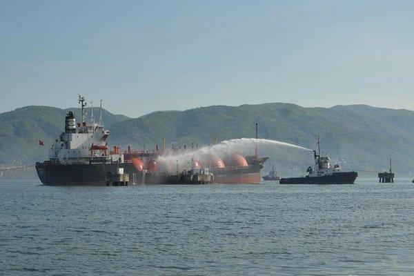 Kaza geçiren İranlı petrol gemisinin patlama olasılığı yüksek