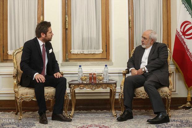 Zarif receives new envoys of Chile, Poland, Ghana
