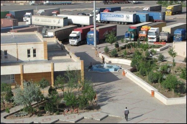 500 lorries cross Iran-Afghanistan Dogharoon crossing daily