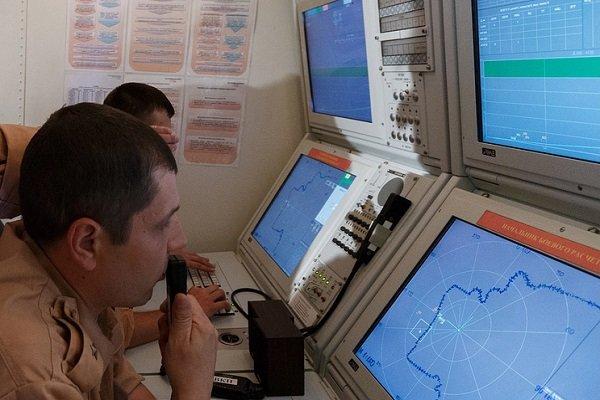 موسكو: الدفاعات الجوية السورية أاعترضت 71 صاروخا من أصل 100