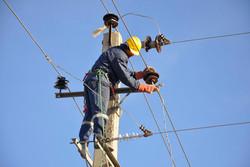 تلفات شبکه توزیع برق کاهش یافت