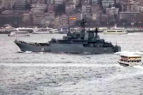 اعزام دو ناوچه نظامی روسی مسلح به موشک های کروز به مدیترانه