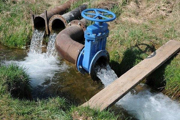 مواد نفتی وارد آب شرب ۴۳ روستای مسیر کارون شد
