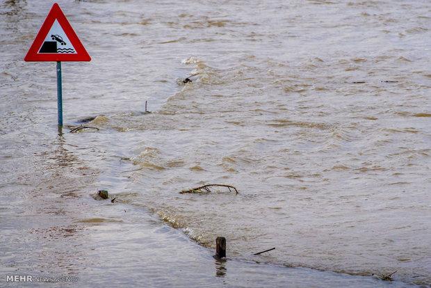 اجلاء آلاف السكان فى العاصمة الإندونيسية بسبب الفيضانات
