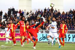 دیدار تیم های فوتبال گسترش فولاد تبریز و فولاد خوزستان