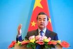 وزیر خارجه چین: نسبت به بازداشت چینیها در خارج بی تفاوت نیستیم