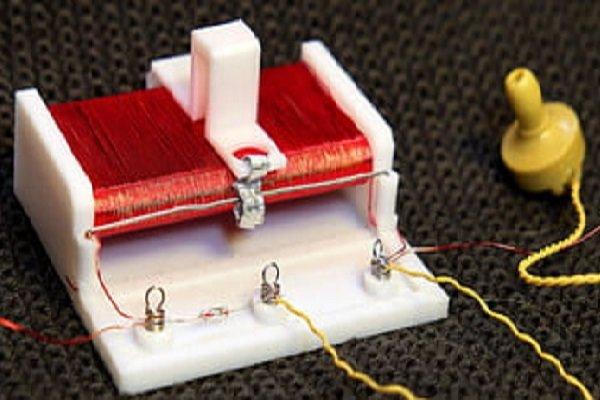تولید رادیو با چاپگر سه بعدی که بدون برق و باتری کار می کند