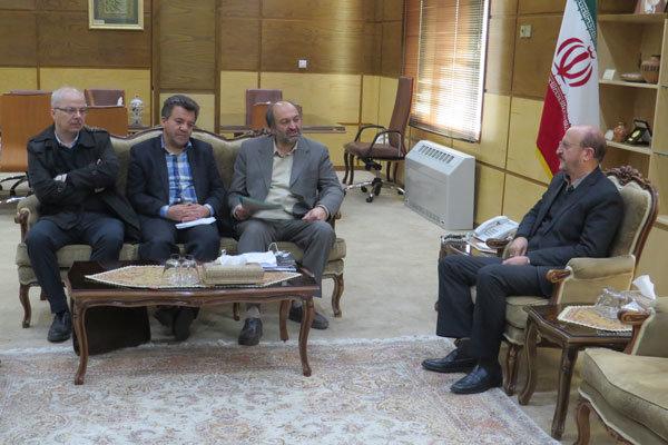 اعضای نظام پزشکی قزوین با استاندار قزوین دیدار کردند