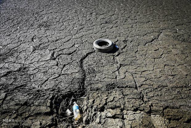 کاهش سطح آب ذخیره شده در سد اکباتان همدان