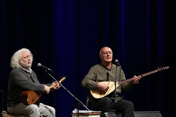Türk müzisyenlerden İran'da büyüleyici konser