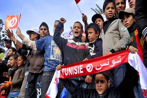 دولت تونس کمکهای بیشتری به فقیران این کشور میکند