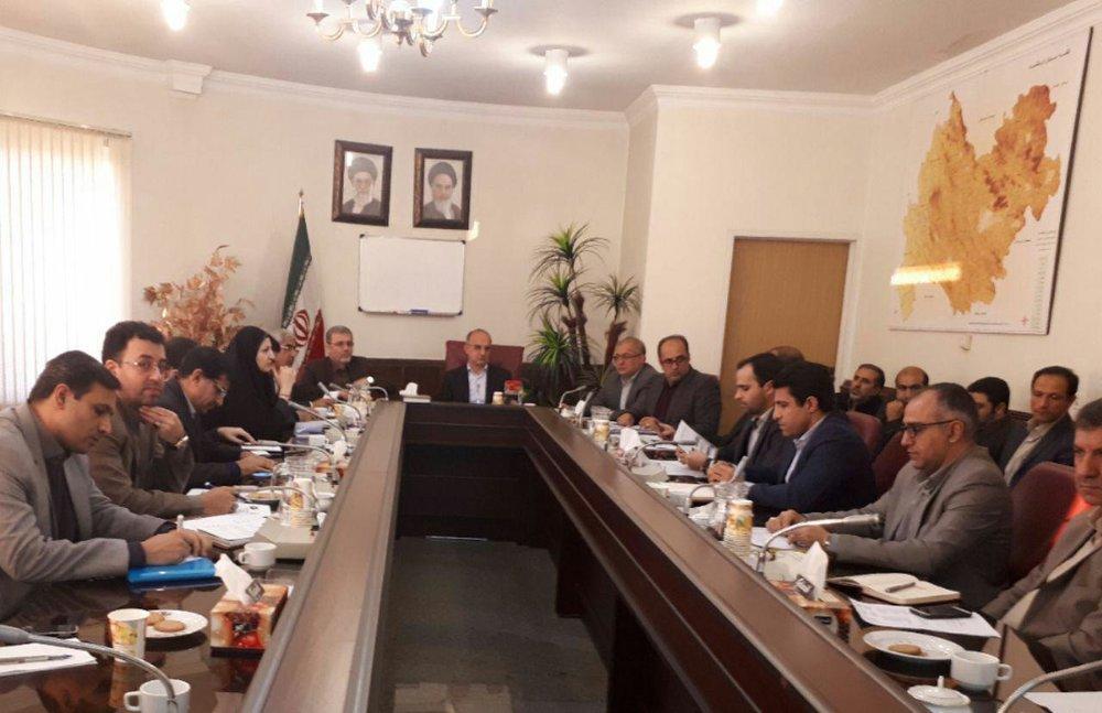 در جلسه کارشناسی کارگروه اشتغال و سرمایهگذاری مطرح شد: تعیین تکلیف تسهیلات دارای کمکهای فنی و اعتباری در استان کرمانشاه