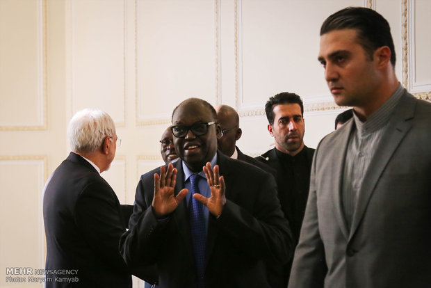 Iranian FM meets with UN official, Senegalese speaker