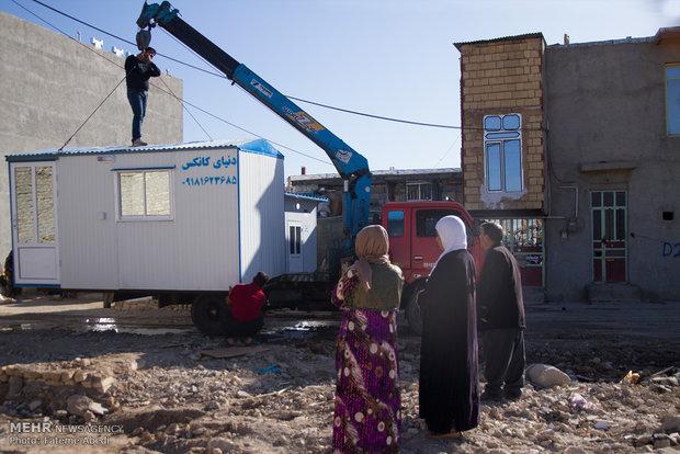 تکذیب خبرقطع برق کانکسهای زلزله زدگان در روستاهای دالاهو
