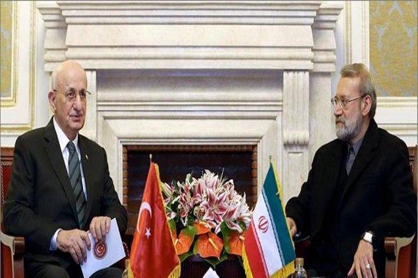 Larijani stresses extension of banking ties between Iran, Turkey