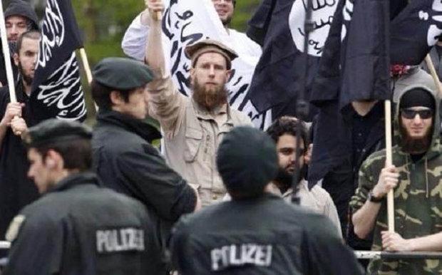 """برلين: 600 ألماني لا يزالون في صفوف """"داعش"""""""