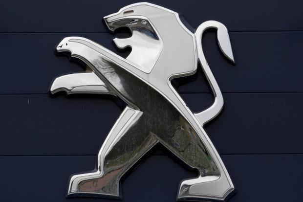 فروش دومین گروه خودروساز بزرگ اروپا ۱۳ درصد سقوط کرد