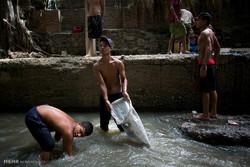جستجو برای یافتن طلا در کانال فاضلاب