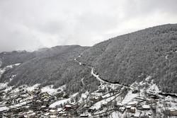 زیبایی های زمستانی گردنه کوهستانی حیران