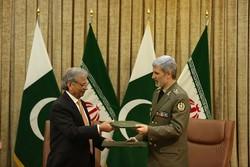 Iran, Pakistan to expand defense coop.