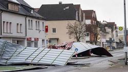 تسعة قتلى جراء عواصف تضرب غرب أوروبا