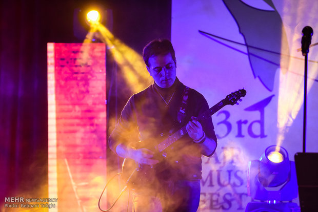İranlıların müzik coşkusundan dokuzuncu kare