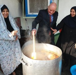 German ambassador enjoys 'Ab Gusht cooking lesson'