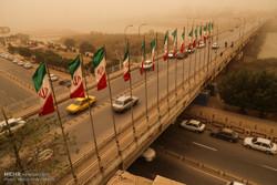 گرد و غبار و خاک در مناطق غربی و مرکزی استان خوزستان