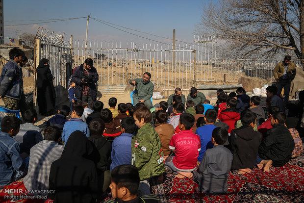 مخيم جهادي لتقديم الخدمات
